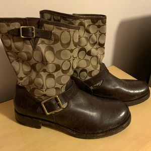 Frye Veronica Coach short signature boots 11M